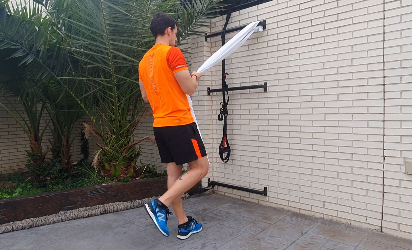 Yo entreno en casa / Día 38: Entrenamiento de piernas con STS